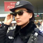 عینک تشخیص چهره پلیس چین برای شناسایی مظنونین