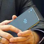 فروشندگان موبایل های بلک بری تقلبی دستگیر شدند