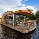 خانه های قایقی که با انرژی خورشید شناورند