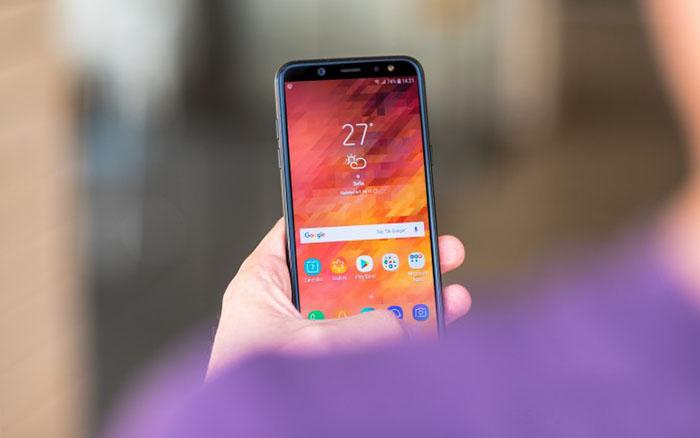 شرکت کره ای سامسونگ موبایل های خود را با ظاهری جدید عرضه می کند