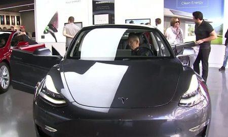 خودروی خوش قیمت و جدید مدل 3 تسلا رونمایی شد