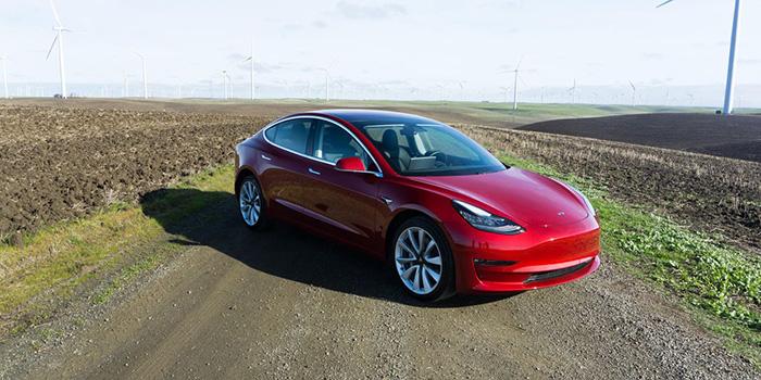 خودرو الکترونیکی تسلا Model 3 ، معجزه قرن 21؟