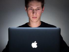 چگونه اطلاعات شخصی خود را از اکانت اپل دانلود کنید