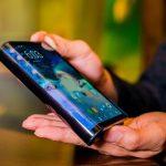 قیمت گوشی هوشمند منعطف سامسونگ خبر از یک محصول تاریخ ساز می دهد