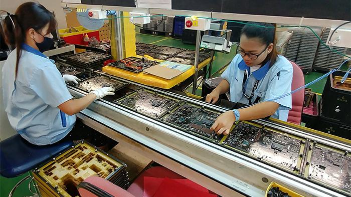 کارکنان شرکت گیگابایت و گستردگی فروش این برند تایوانی