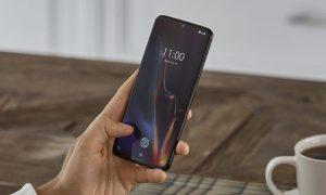 مشکل عجیب و غریب صفحه نمایش گوشی OnePlus 6T چه بود؟
