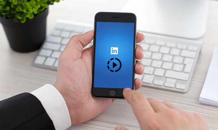 تماشای پخش زنده کنفرانس های تخصصی با ابزار ویدئوی لایو لینکدین