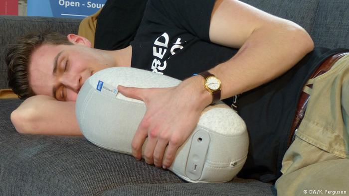 ربات هوشمند برای افرادی که از کم خوابی رنج می برند
