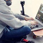 بررسی لپ تاپ LG Gram ؛ لپ تاپ فوق سبک ال جی را با یک انگشت بلند کنید!