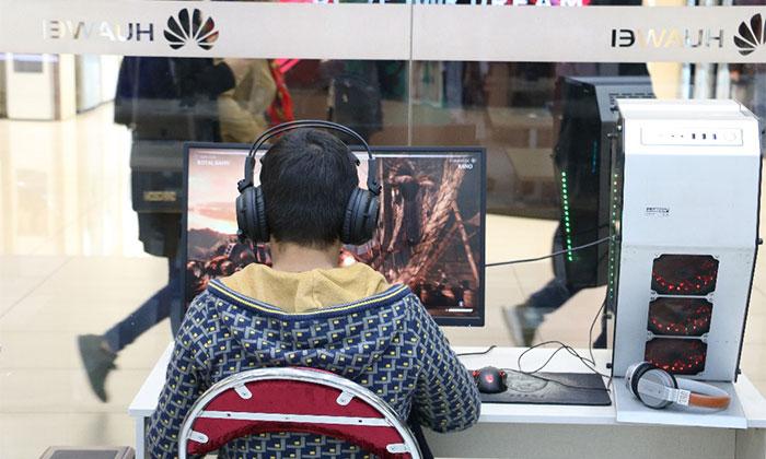 دورهمی بازیهای رایانه ای برای کودکان و نوجوانان بهزیستی برگزارشد