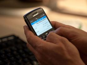 نفسهای آخر اولین سرویس پیام رسان؛ تعطیلی مسنجر بلک بری نزدیک است