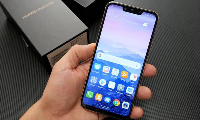 بررسی 4 دلیل برای اینکه گوشی هوشمند میت 20 لایت هواوی بخریم