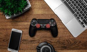 چطور کنترلر PS4 را به مک متصل کنیم؟