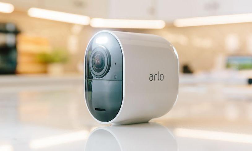 بررسی یک محصول: دوربین امنیتی Arlo Ultra با کیفیت تصاویر 4K