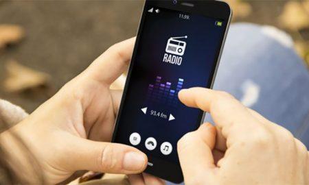 دانلود اپلیکیشن Radio FM برای گوش دادن به کانال های رادیویی
