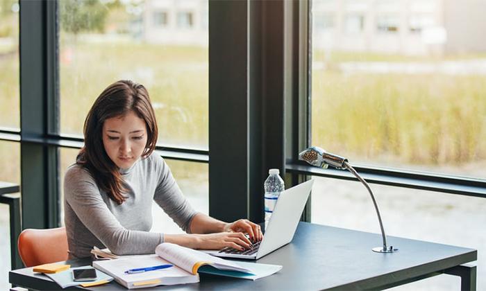 کدام مدل لپ تاپ های دانشجویی مناسب اهداف و بودجه شخصی شماست؟