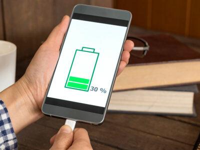 چگونه گوشی هوشمند خود را سریعتر شارژ کنیم؟