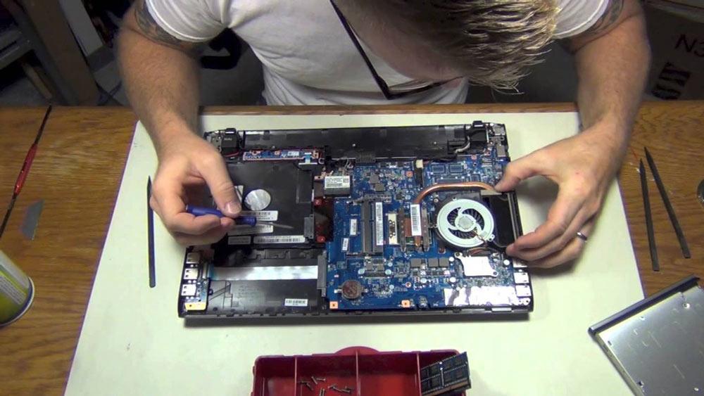 بررسی سخت افزاری فن
