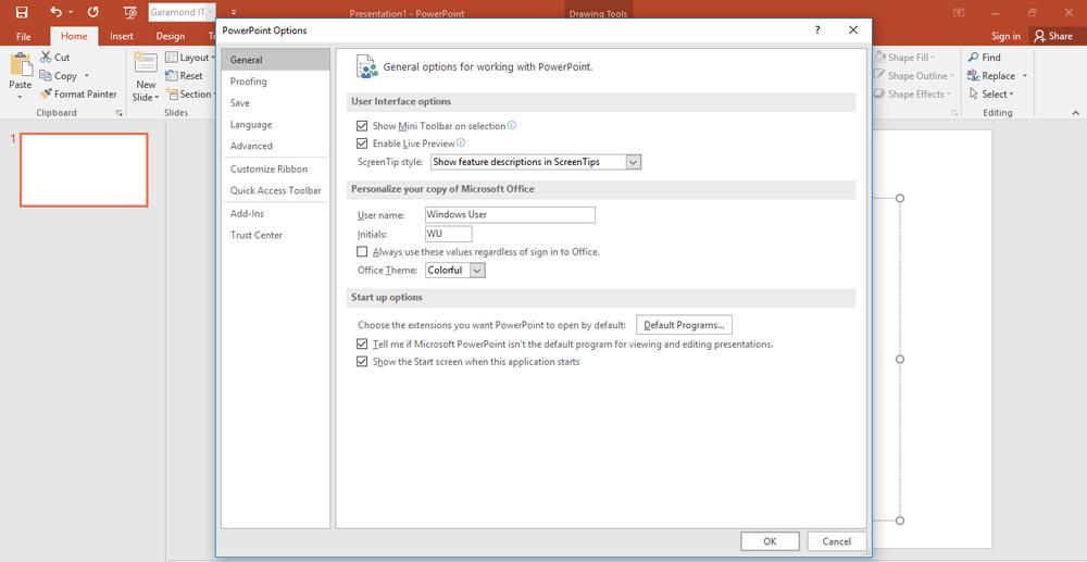 بخش منوی File را انتخاب کنید و سپس گزینه Options را کلیک کنید