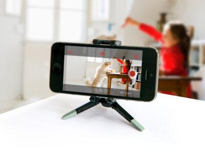 چگونه گوشی قدیمی خود را به یک دوربین امنیتی خانگی تبدیل کنیم؟