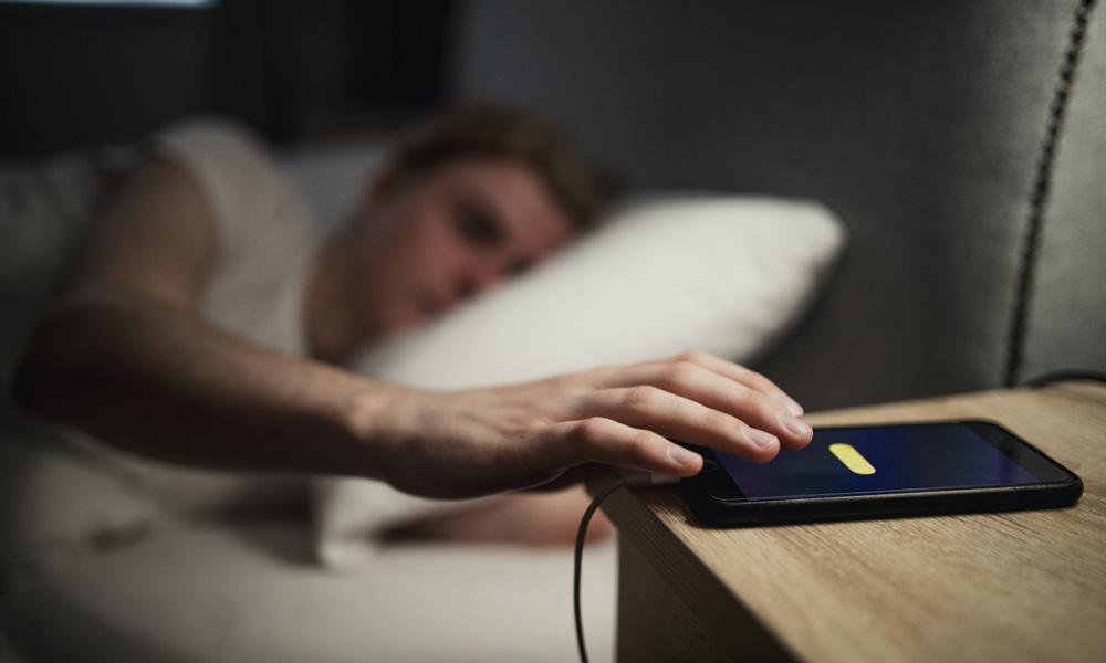 از آلارم برای بیدار شدن استفاده نکنید