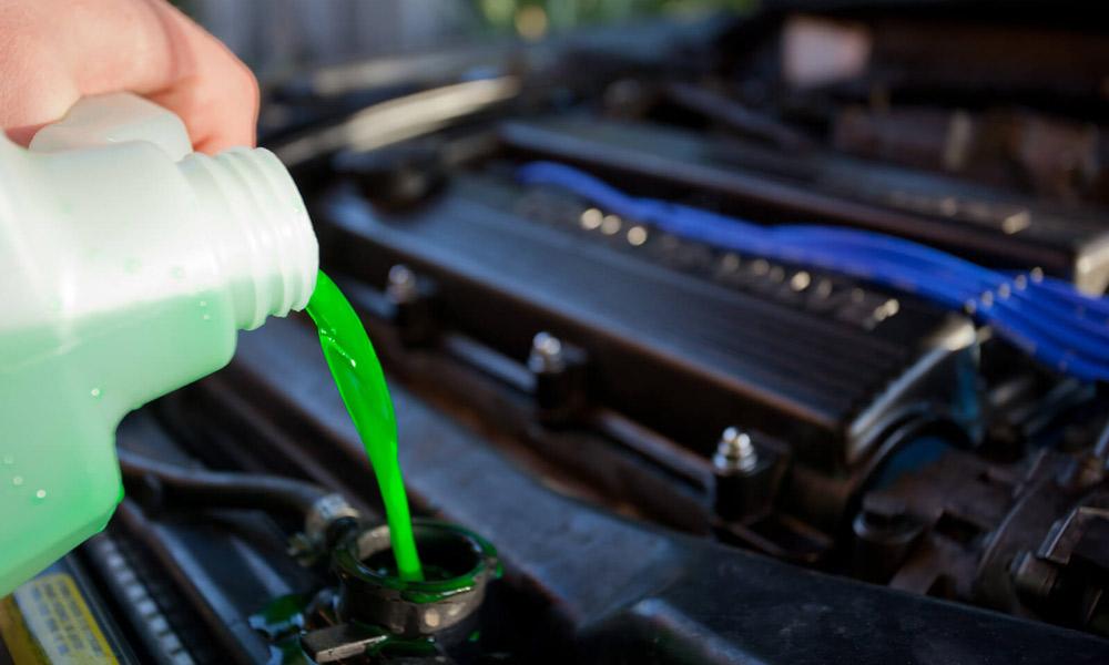 چک کردن مایع خنک کننده موتور