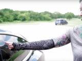 کاشت کلید خودروی تسلا در ساعد؛ راهکار جدید امنیتی