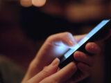 چطور فیلتر blue light گوشی خود را فعال کنیم؟