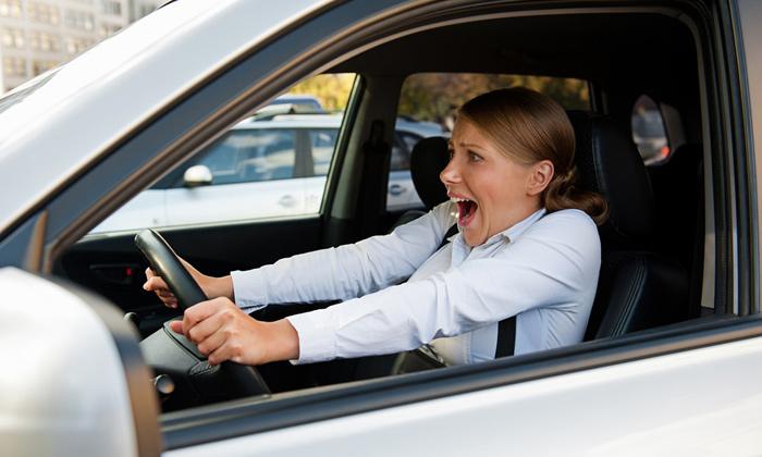 به خودروهای اطراف خود اعلام کنید که ماشین شما دارای نقص فنی است