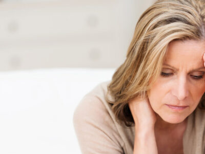 کاهش درآمد منجر به کاهش سلامت روانی در میانسالی میشود