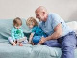 این چهار عامل در خانواده باعث کاهش افسردگی میشود