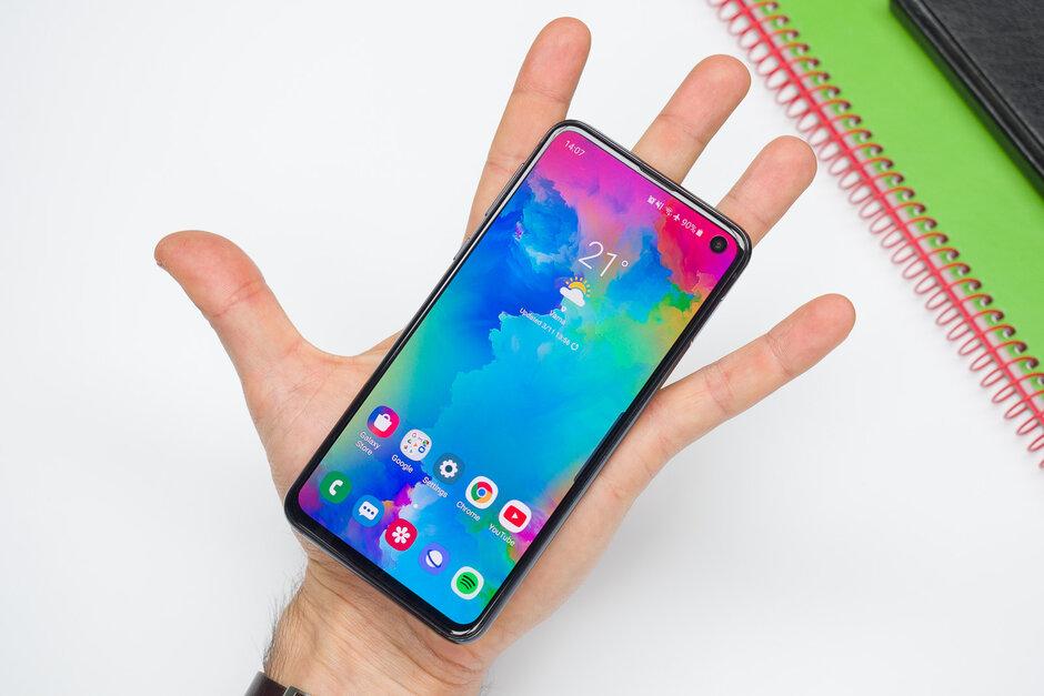 معرفی بهترین گوشیهای کامپکت در سال 2019