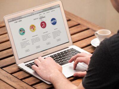 روش ناخوشانید خردهفروشان آنلاین برای ارتباط با مشتریان