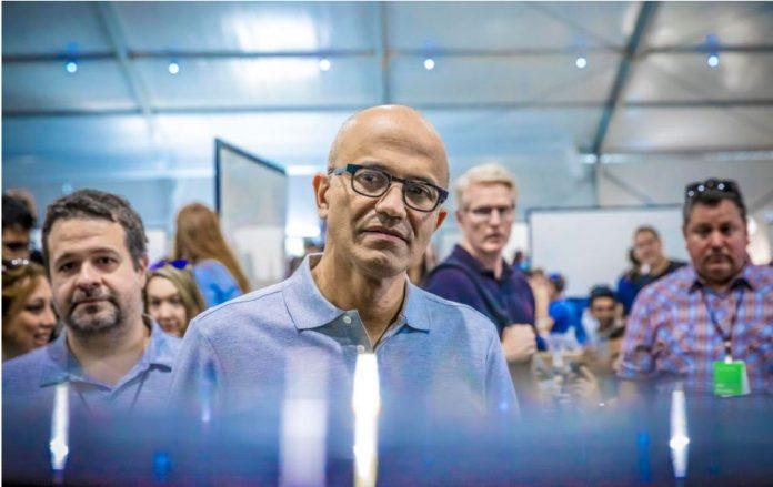 مدیر مایکروسافت از دورکاری خسته شده است